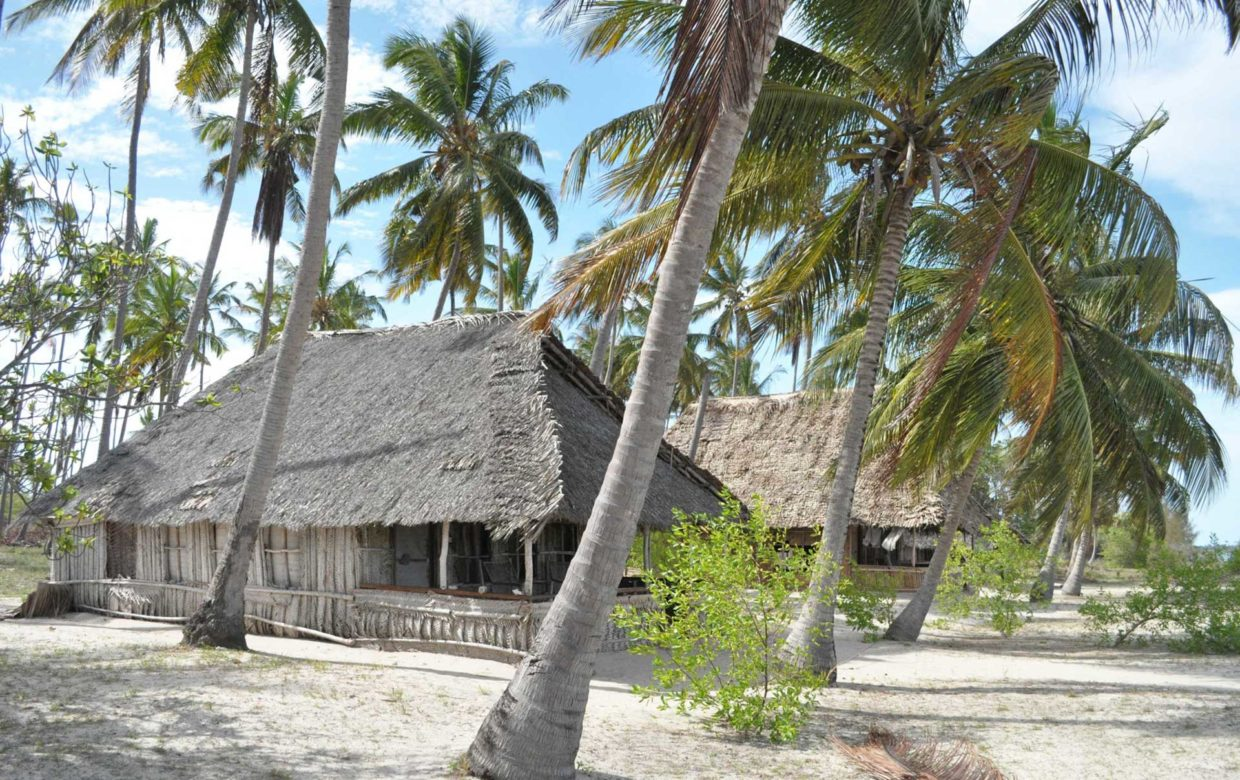 Emayani Beach Lodge Pangani