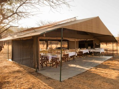 Explore Tanzania - Accommodatie Selous Game Reserve - SiwanduExplore Tanzania - Accommodatie Serengeti - Nomad Serengeti Safari Camp - Kati Kati Tented Camp