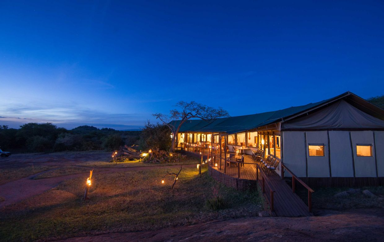 Explore Tanzania - Accommodatie Selous Game Reserve - SiwanduExplore Tanzania - Accommodatie Serengeti - Nomad Serengeti Safari Camp - Sanctuary Kusini Camp