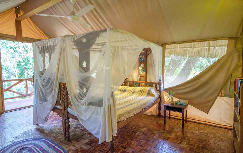 Nic's Tented Lodge Mkoma Bay