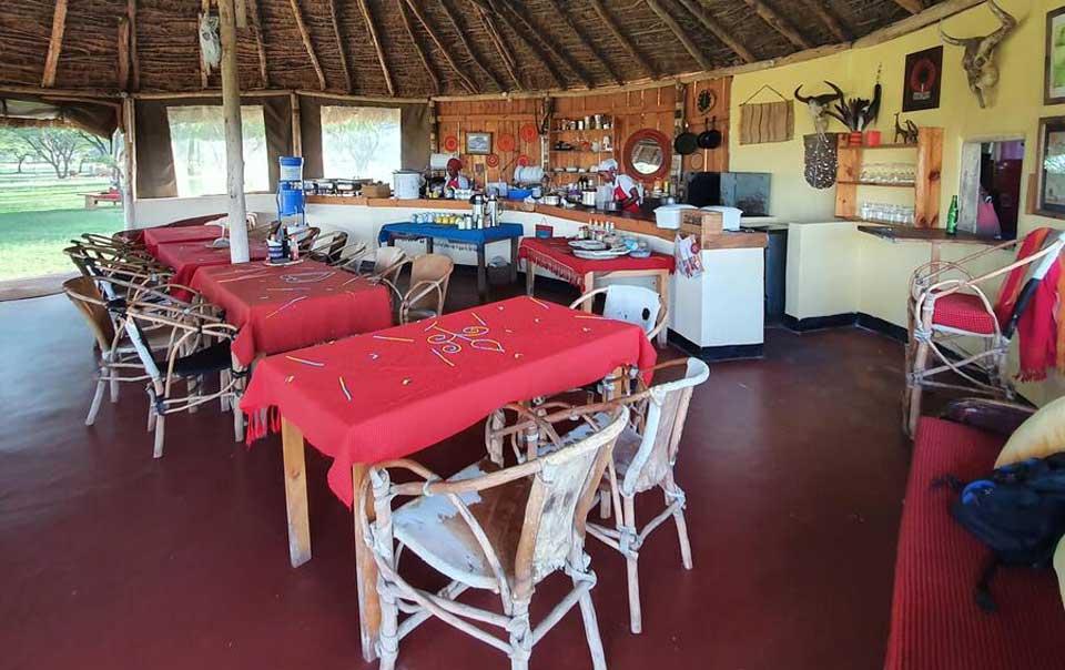 Maasai Giraffe Eco Lodge