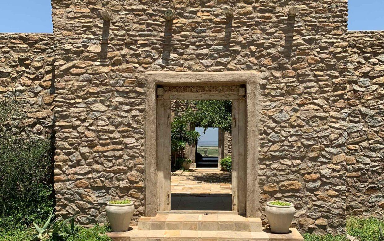 Ziwani Lodge